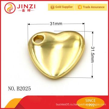 Прохладное украшение формы сердца с сплавом цинка высокого качества, вспомогательным оборудованием сумки.