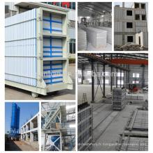 Machine à fabriquer des panneaux muraux à isolation thermique