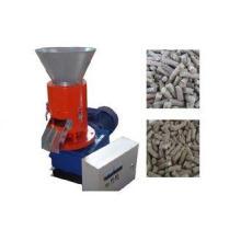 High Capacity Sawdust Flat Die Pellet Machine For Home / Sm