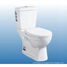 Jogo cerâmico do toalete do banheiro cerâmico