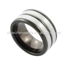 Venta al por mayor 2014 nuevos hombres de acero inoxidable de moda anillo de cerámica de joyería fabricante