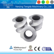 Parafuso bimetálico e cilindro para extrusora de parafuso duplo