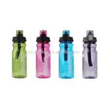 Botella tritan libre de 650ML BPA con alta calidad con la botella de agua del tenedor del gancho