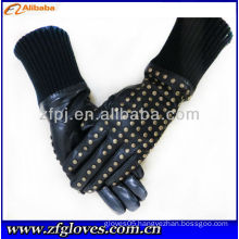 fashion leather gloves with studs