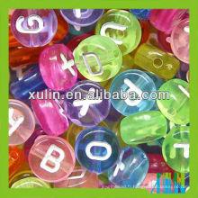 Haute qualité alimentaire grade 4 * 7mm silicone perles alphabet acrylique lettre perles