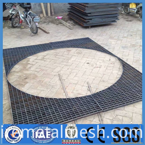 hot dipped galvanized steel side road walkway drainage