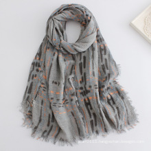 Lady Fashion Checked Printed Viscose Scarf (YKY1136)