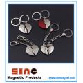Llavero magnético en forma de corazón / Regalos de San Valentín para parejas