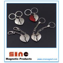 Porte-clés magnétique de forme de coeur / cadeaux de Valentine pour des couples