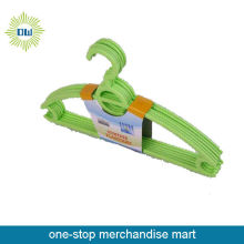 6pc thick plastic hangers