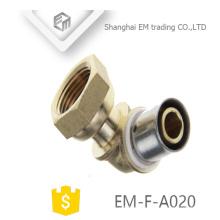 EM-F-A020 Conector de compresión de conexión de tubería de codo de latón hexagonal Hexágono