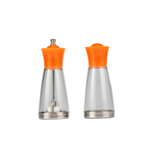 2-Piece Salt & Pepper Shakers Conjunto Cruet