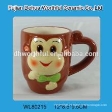 Taza de cerámica con diseño de mono novedad