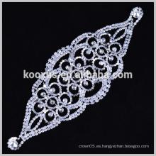 Forme el remiendo cristalino claro del applique del rhinestone para el vestido del paño
