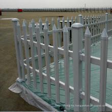 cerca de carril de caballo de valla de aluminio horizontal