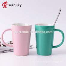 Qualité alimentaire à deux tons couleur glaçage céramique petit-déjeuner thé et tasses au lait