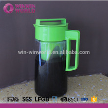 Couleur adaptée aux besoins du client et logo BPA libèrent le pichet de café de thé de glace de Tritan 2 litres