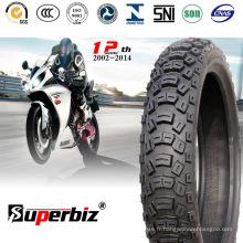 Moto pneu en caoutchouc Tubeless (110/100-18) pour les terrains durs.