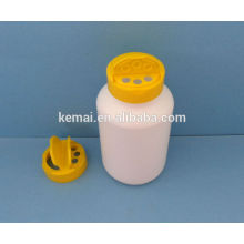 Plastic bottle with flapper cap