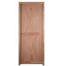 Puerta UPVC tanto en el aseo y la habitación con un diseño moderno y de buena calidad