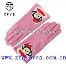 Ladies cute wool gloves with embroidery