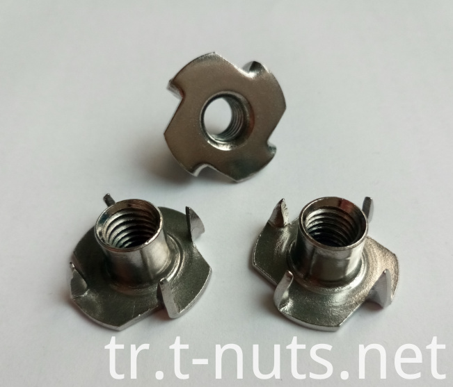 Middle Steel Zinc Plated Furniture T Nuts