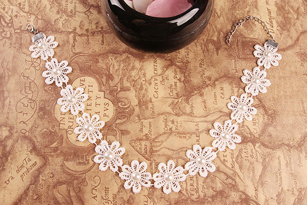 flower lace necklet