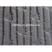 Listra de poliéster moda bordados tecido acolchoado térmico com colchas para casacos/jaqueta