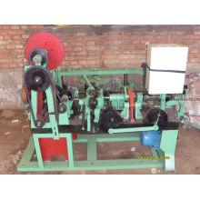 Máquina de arame farpado
