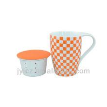 Taza sin mango de porcelana 350cc con infusor de té de cerámica
