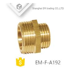 Brass conector de empalme de tubos reductor de rosca macho EM-F-A192