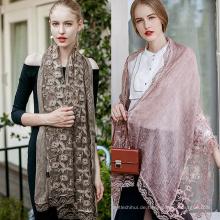 Neuer bunter Baumwollschal plain hijabs für Frauen Viskose fester Schal Netter Perlenschal moslemischer Kopfverpackungsspitze hijab Schals