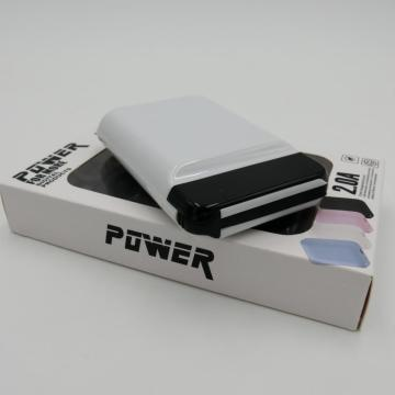 caricabatterie mini power bank con LED