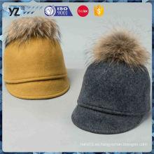 Fábrica de venta de diseño OEM de sombreros de invierno baratos con buena oferta