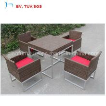Mesa de jardim Ratttan plana jantar conjunto com cadeira de 4 lugares