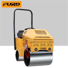 Rolo vibratório novo do compactador do solo do projeto no estoque