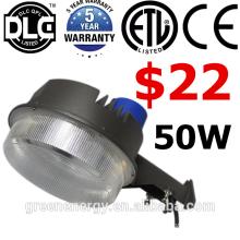 DLC ETL baixo preço 220 v 130lm / w parede mouted pólo luminárias led quintal sensor de luz crepúsculo ao amanhecer luz IP65