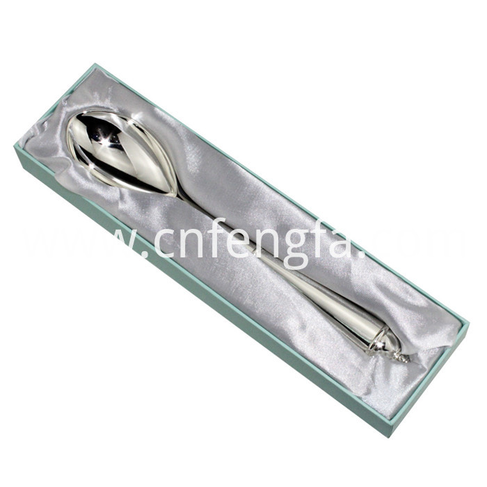 Zinc alloy spoon