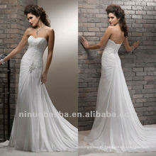 Flattering Lace Beaded Brooch Pleated Sheath Chapel Train Corset Closure Wedding Dress Bridal Gown