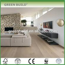 Revestimento impermeável da madeira contínua de carvalho branco claro da sala de visitas