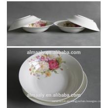 placa de cerámica blanca para fruta o comida