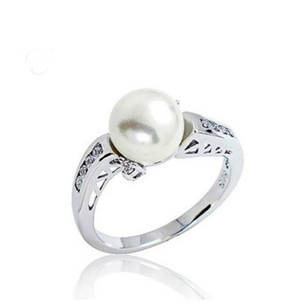 White Gold Pearl Ring Fpr Wedding