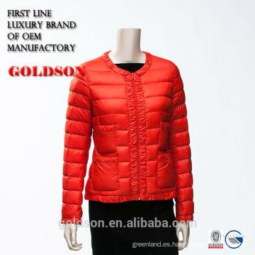 2017 Señoras elegantes ligero estupendo corto caliente Red Down Jacket con tuberías y encajes