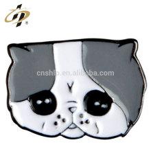 Fábrica de China que sella los pernos de encargo de la solapa del gato del emoji del metal del esmalte