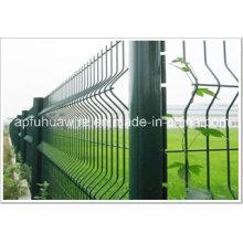 Zaun aus verzinktem und PVC-beschichtetem Drahtgeflecht