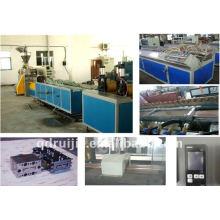 WPC-Boden-Maschine