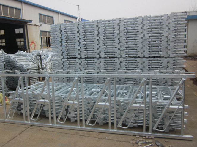 Hot DIP Galvanized Cattle Headlocks