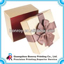 Коробка упаковки ювелирных изделий из причудливой бумагой
