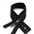 Black Gunmetal Teeth en cinta negra Metal Zipper