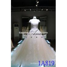 1A819 высокое качество красивые кружева видеть сквозь назад бальное платье с коротким рукавом свадебное платье